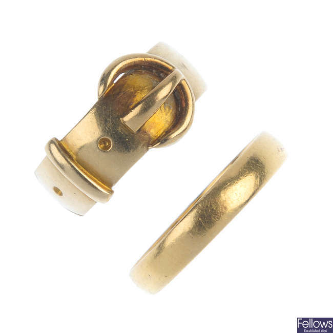Two early 20th century gold rings.