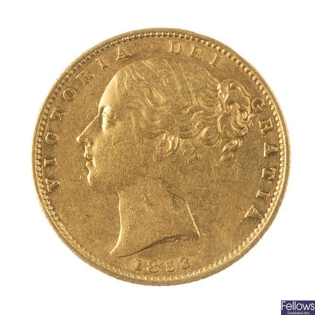 Victoria, Sovereign 1853, rev. shield.
