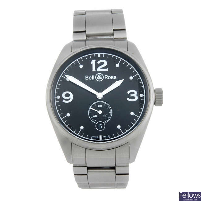 BELL & ROSS - a gentleman's stainless steel Vintage 123 bracelet watch.