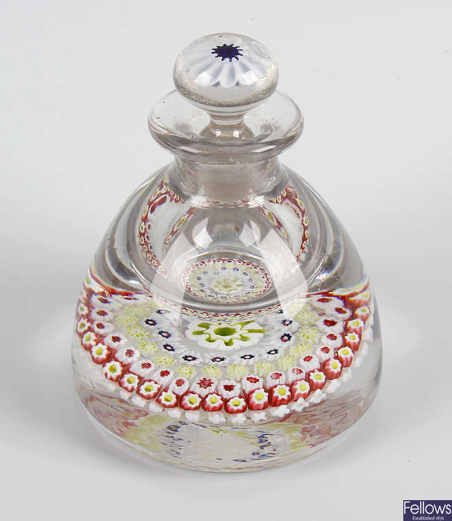 An Old English paperweight inkwell and stopper in the manner of Arculus