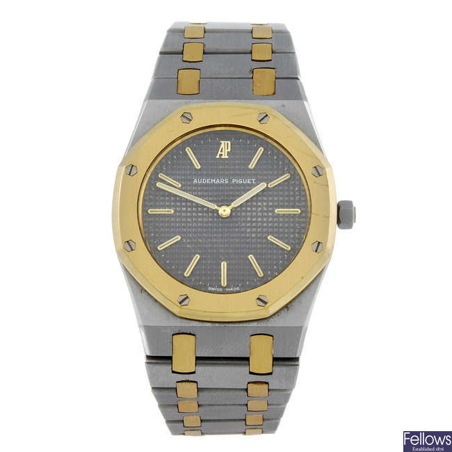 AUDEMARS PIGUET - a mid-size bi-metal Royal Oak bracelet watch.