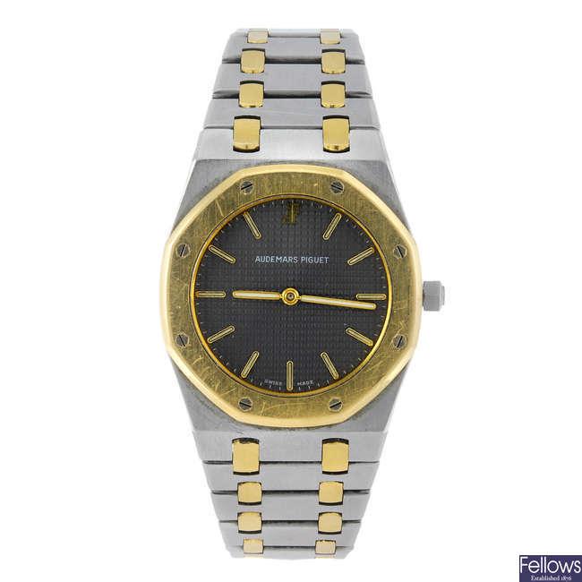 AUDEMARS PIGUET - a gentleman's bi-metal Royal Oak bracelet watch.