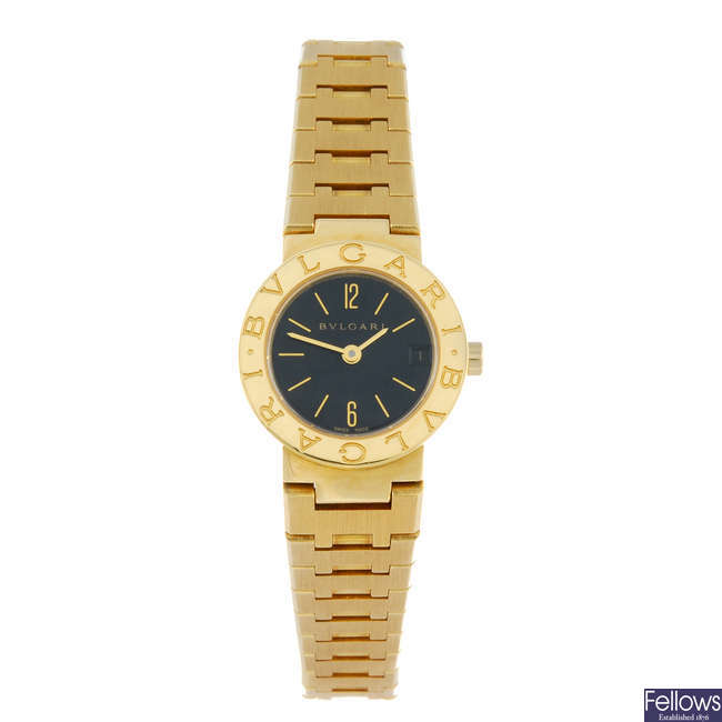 BULGARI - a lady's 18ct yellow gold Bulgari bracelet watch.