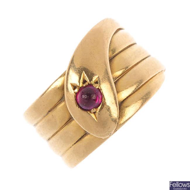 An Edwardian 18ct gold ruby snake ring.