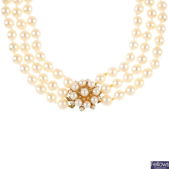 A 9ct gold cultured pearl three-row choker necklace.