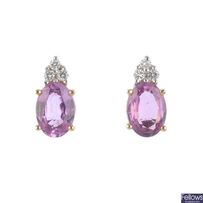 A pair of 18k sapph/dia earrings.