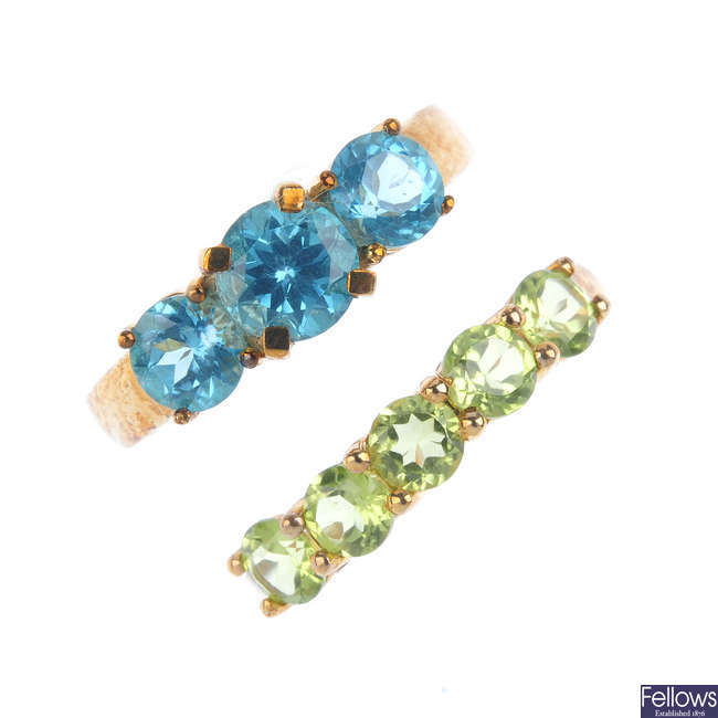 Two 9ct gold gem-set rings ring.