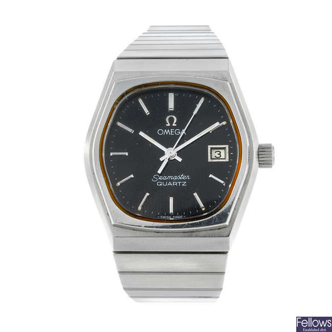 OMEGA - a lady's stainless steel Seamaster bracelet watch.