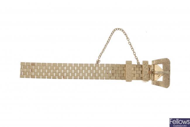 A 1970s 9ct gold buckle bracelet.