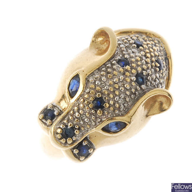 A 9ct gold diamond and sapphire panther ring.