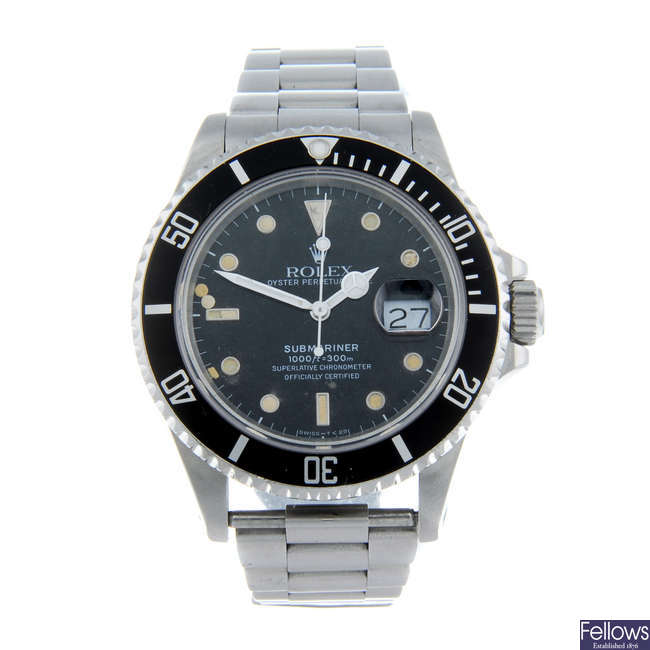 ROLEX - a gentleman's Oyster Perpetual Date Submariner bracelet watch. Recommended for spares or repair purposes only.