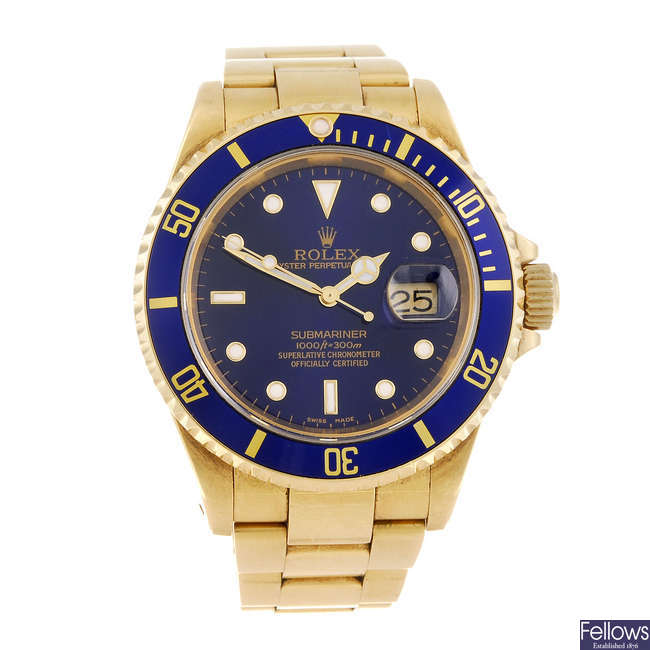 (165111) ROLEX - a gentleman's 18ct yellow gold Oyster Perpetual Date Submariner bracelet watch.
