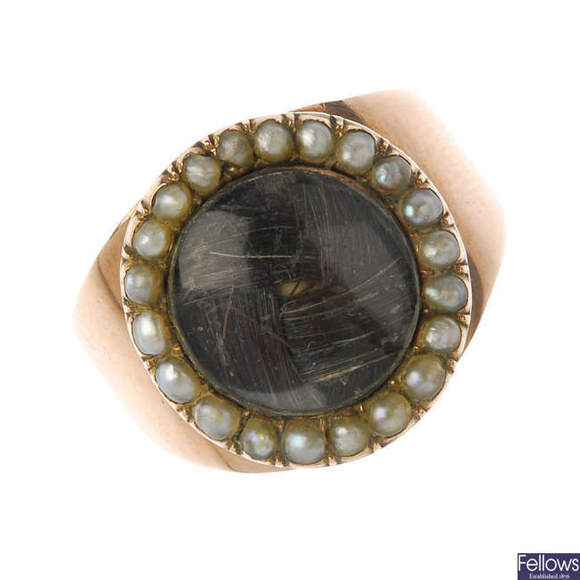 A George III memorial hair ring.