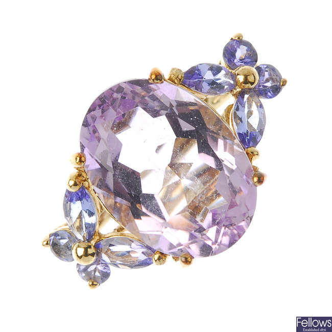 A 9ct gold amethyst and tanzanite ring.