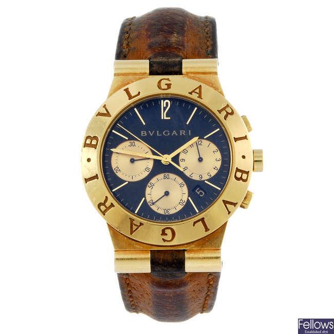 BULGARI - a gentleman's 18ct yellow gold Diagono chronograph wrist watch.