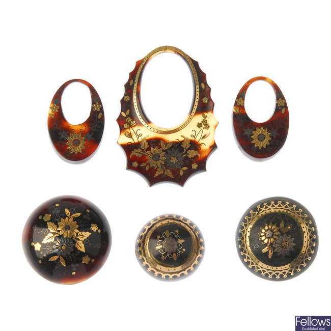 A selection of late Victorian tortoiseshell pique part jewellery pieces.