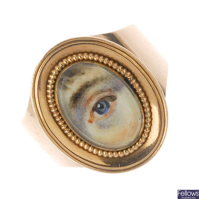 A late Georgian gold mourning miniature portrait lover's-eye ring, circa 1800.