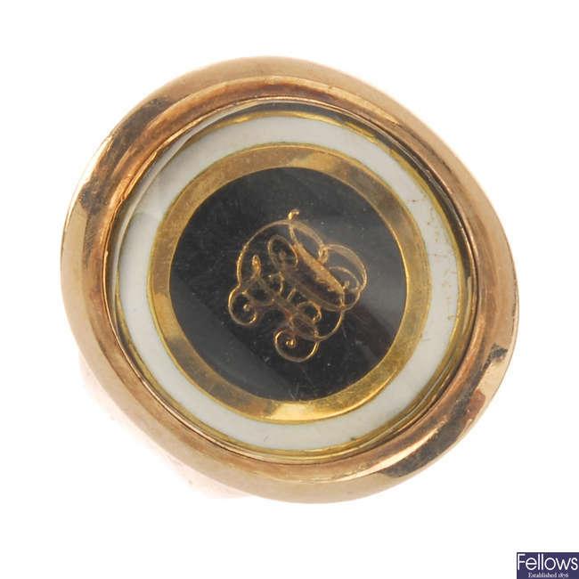 A late Georgian gold and enamel memorial ring, circa 1790.