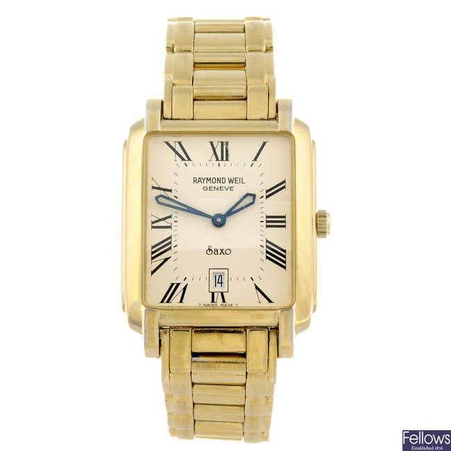 RAYMOND WEIL - a gentleman's gold plated Saxo bracelet watch.