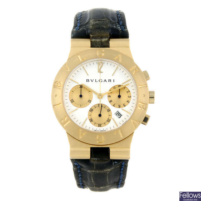 BULGARI - a gentleman's 18ct yellow gold Diagono chronograph wrist watch.