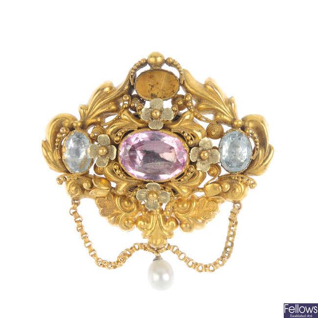 An early Victorian gold gem-set brooch, circa 1840.