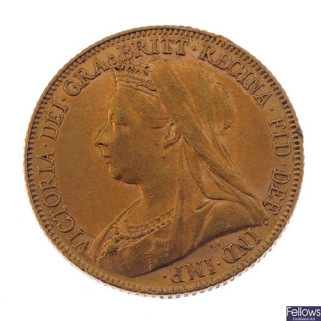Victoria, Sovereign 1900.