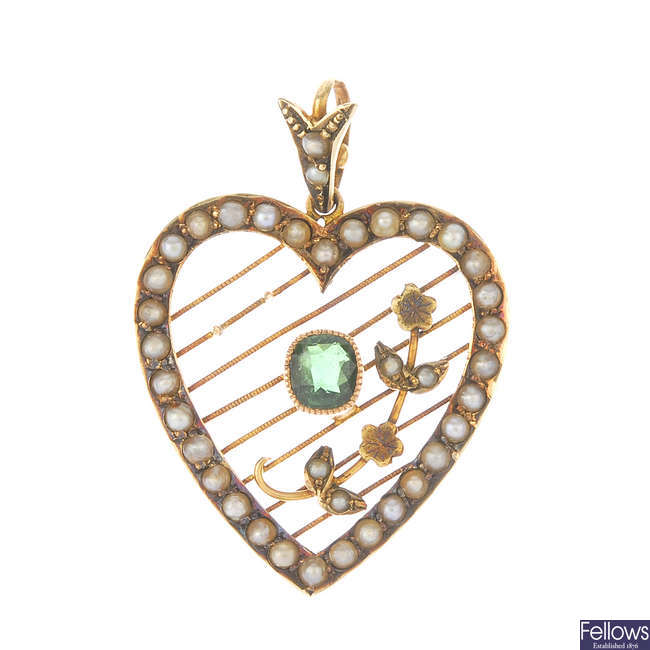 An early 20th century 9ct gold tourmaline and split pearl pendant and similar brooch.