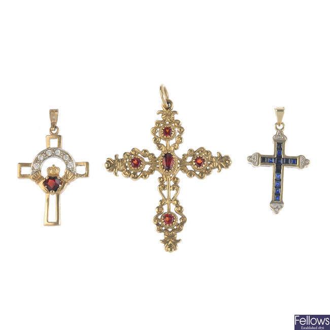 Four pendants.