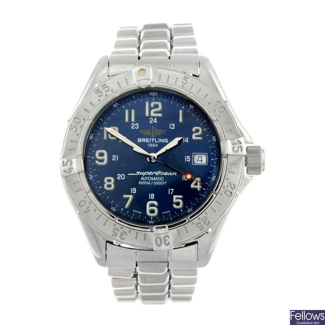BREITLING - a gentleman's stainless steel Super Ocean bracelet watch.