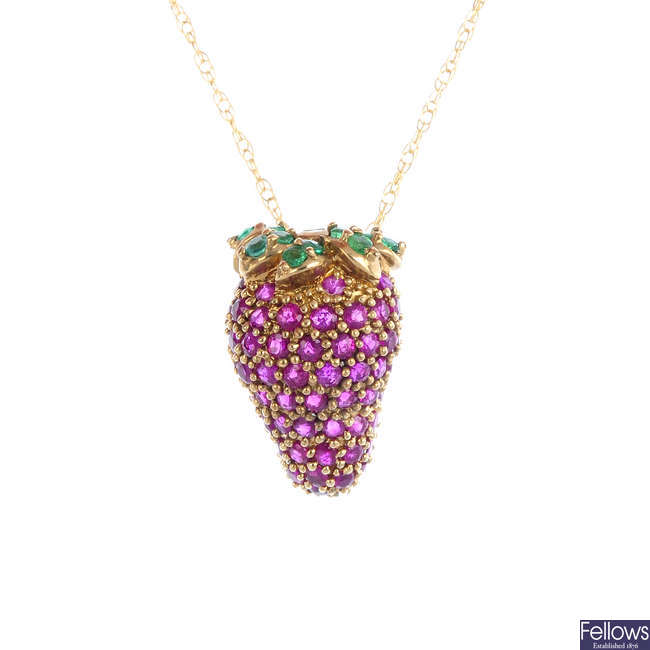 A 9ct gold ruby and emerald strawberry pendant, with chain.
