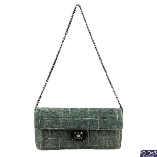 CHANEL - a quilted denim Chocobar handbag.