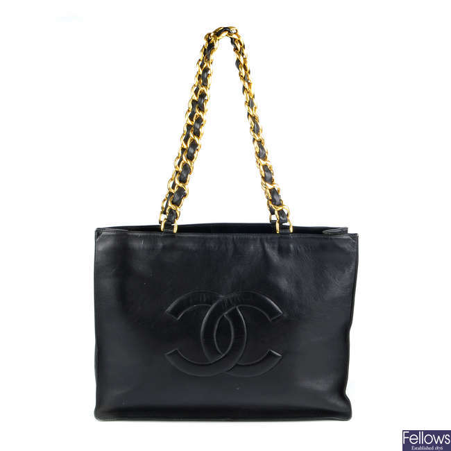 CHANEL - a CC Jumbo Shopper handbag.