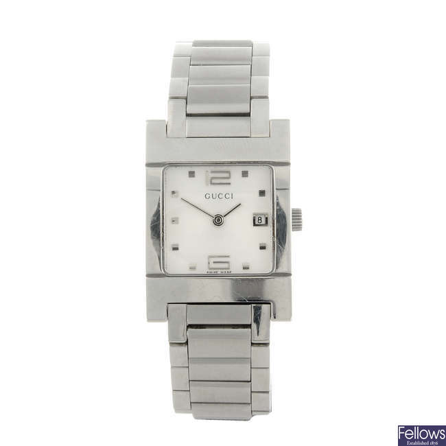 GUCCI - a lady's stainless steel 7700L bracelet watch.