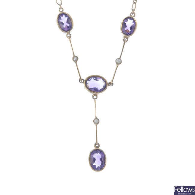 A 9ct gold amethyst and split pearl necklace.