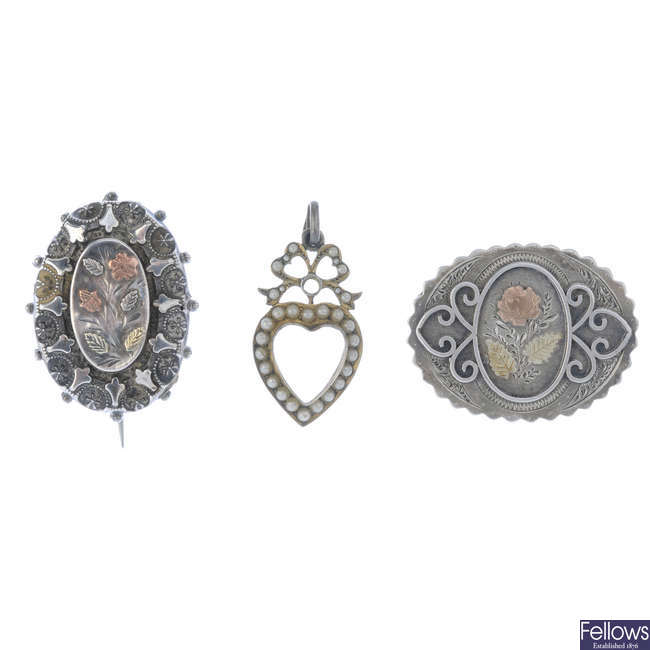 A selection of mainly late Victorian silver brooches.