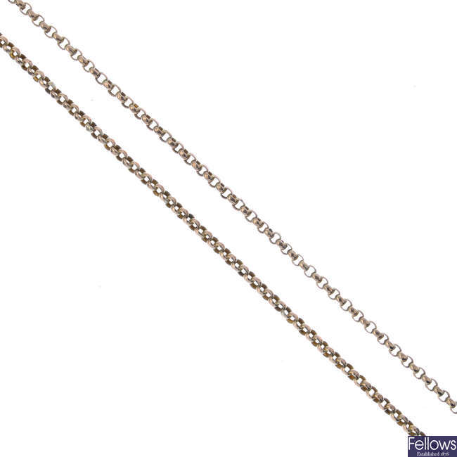 An early 20th century 9ct gold longuard chain.