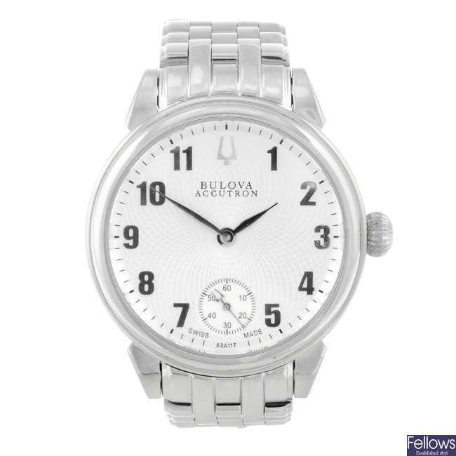 BULOVA - a gentleman's stainless steel Accutron Gemini bracelet watch.