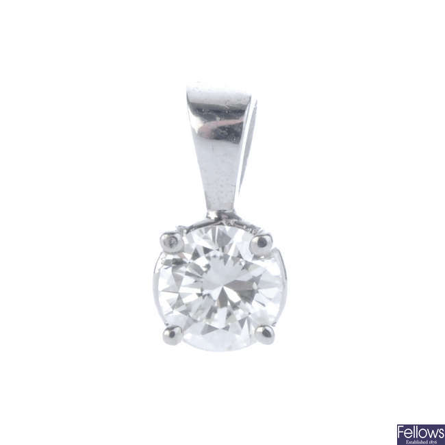 An 18ct gold brilliant-cut diamond pendant.