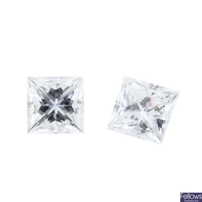 Two square-shape diamonds, weighing 0.11 and 0.12ct.