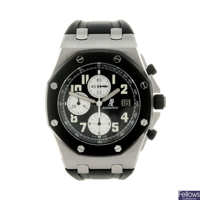 AUDEMARS PIGUET - a gentleman's bi-material Royal Oak Offshore chronograph wrist watch.