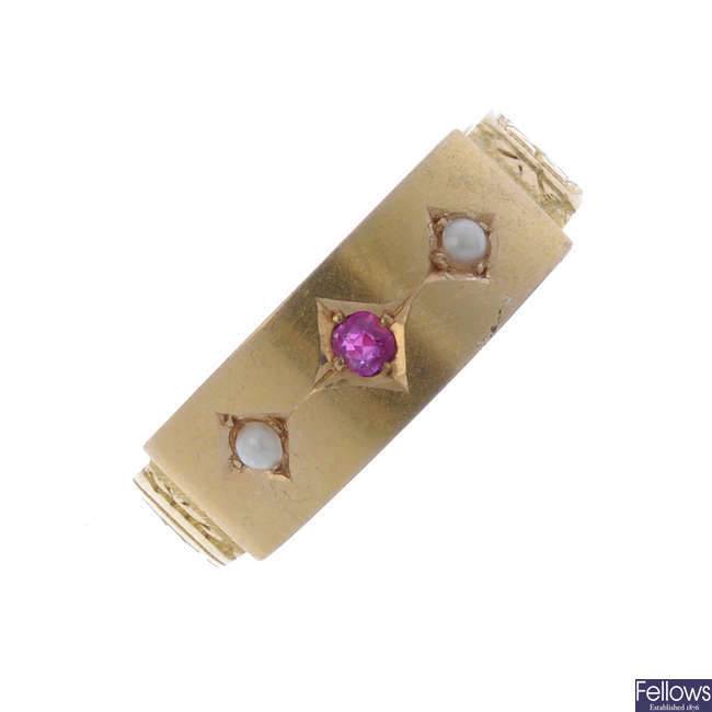 A late Victorian 15ct gold ruby and split pearl ring.