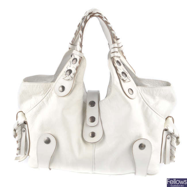 CHLOE - a leather handbag.