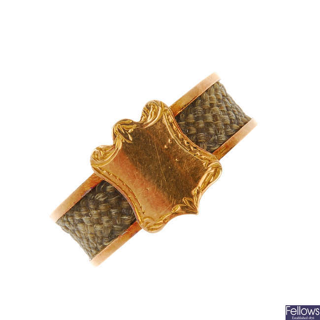 A late Victorian 15ct gold hair ring.