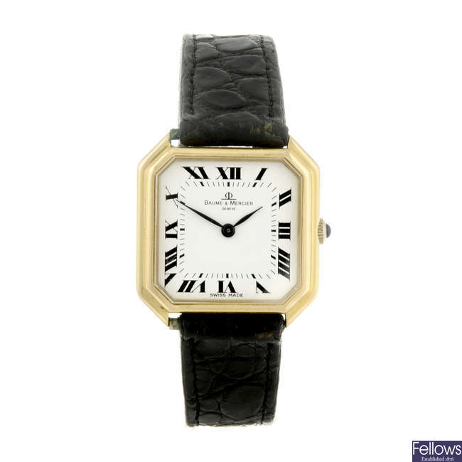 BAUME & MERCIER - an 18ct yellow gold wrist watch.