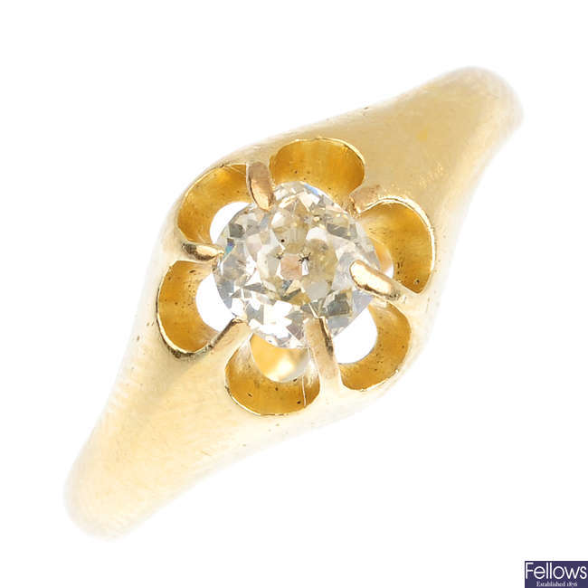 An early 20th century 18ct gold diamond dress ring.