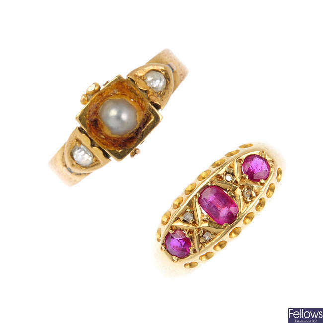 A Victorian 18ct gold gem-set ring and a early 20th century ruby and diamond dress ring.