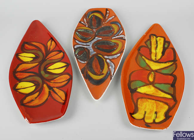 Three Poole pottery Delphis pattern spear shaped dishes.
