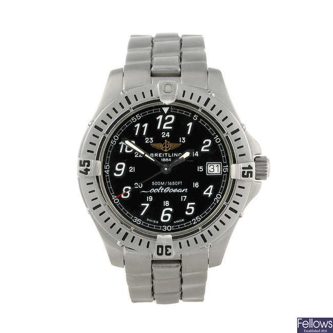 BREITLING - a gentleman's stainless steel Colt Ocean bracelet watch.