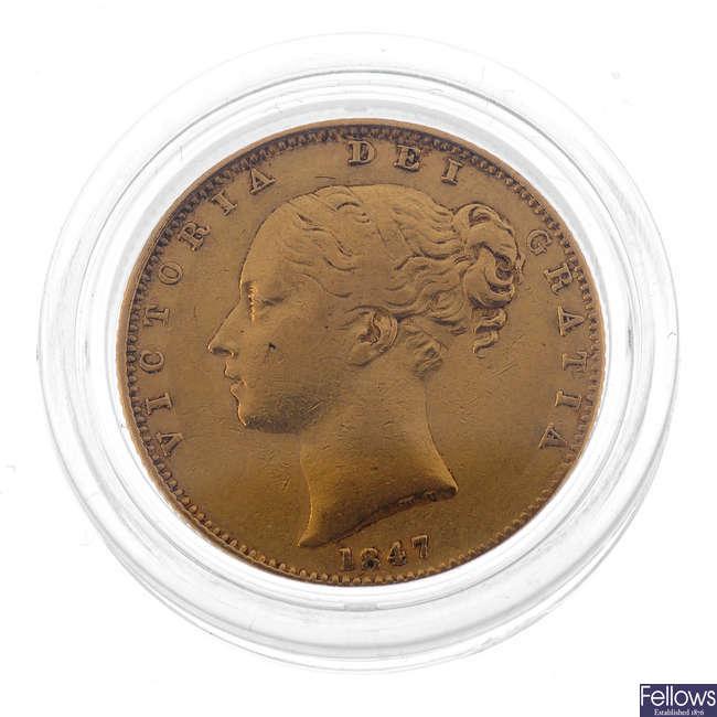 Victoria, Sovereign 1847, rev. shield (S 3852).