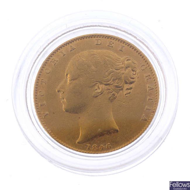 Victoria, Sovereign 1846, rev. shield (S 3852).